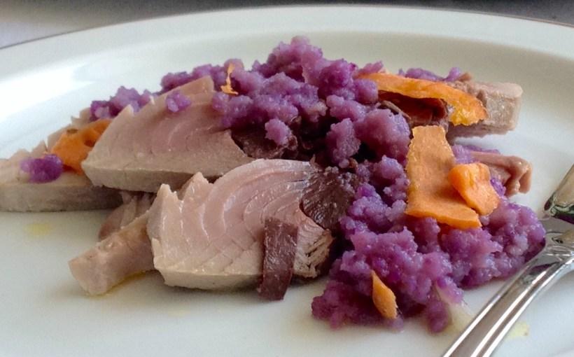 Tonno in olio con patate viola e carote