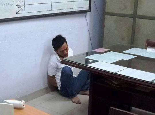 Cha mẹ la hét cứu con trai nghi bị bắt cóc ở Nha Trang - 1