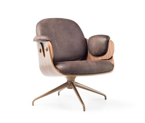 Medium Of Comfort Lounger Chair