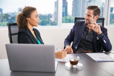 Woman and businessman talking Photo | Free Download