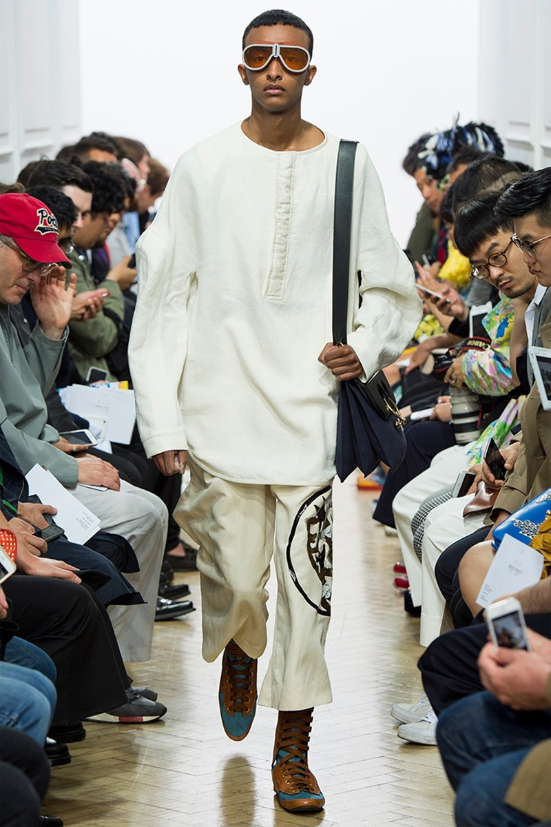 LONDON COLLECTIONS MEN J.W. Anderson Spring 2017. www.imageamplified.com, Image Amplified (14)