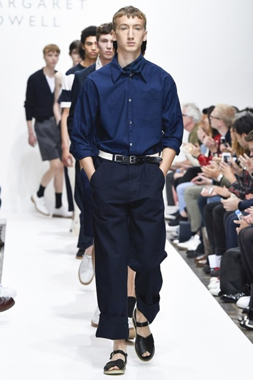 LONDON COLLECTIONS MEN Margaret Howell Spring 2017. www.imageamplified.com, Image Amplified (31)