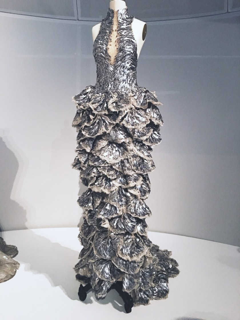 THAT CLOSER LOOK Manus X Machina at the Met by Troy Wise. Spring 2016, www.imageamplified.com, Image Amplified (34)