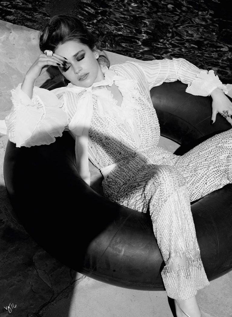 VIOLET GREY Emilia Clarke by Naj Jamai. Petra Flannery, Summer 2016, www.imageamplified.com, Image Amplified (5)