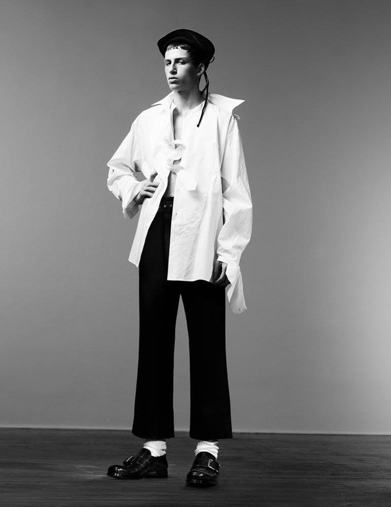 MAN ABOUT TOWN Cargo de nuit by Willy Vanderperre. Olivier Rizzo, Fall 2016, www.imageamplified.com, Image Amplified (19)