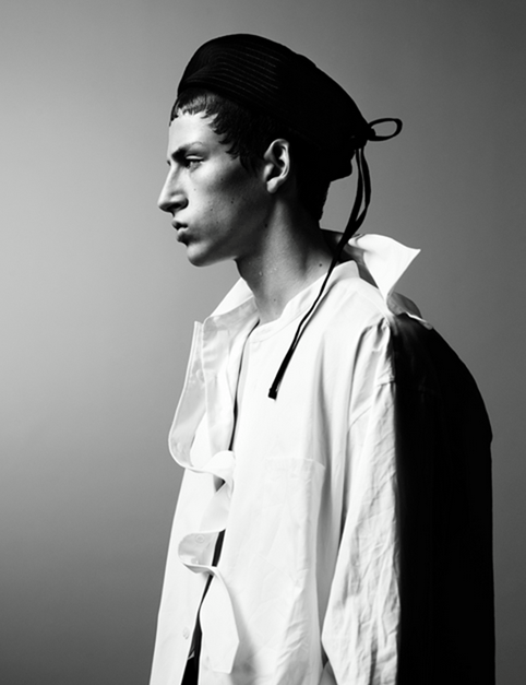 MAN ABOUT TOWN Cargo de nuit by Willy Vanderperre. Olivier Rizzo, Fall 2016, www.imageamplified.com, Image Amplified (1)