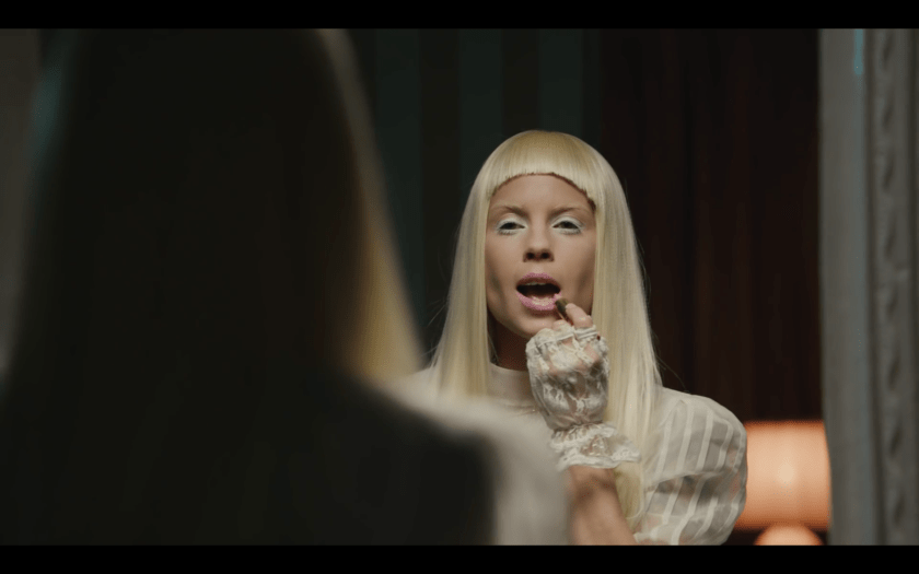 """SOUND CAFFEINE: Die Antwoord's """"Banana Brain"""" Music Video. Image Amplified imageamplified.com"""