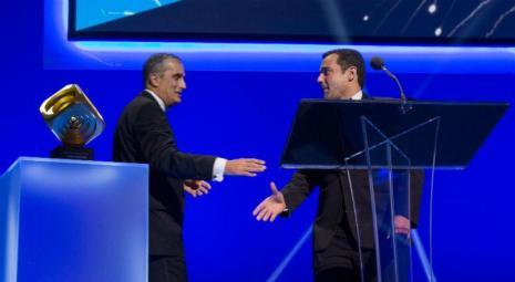 Prêmio foi entregue pelo CEO da Intel, Brian Krzanich