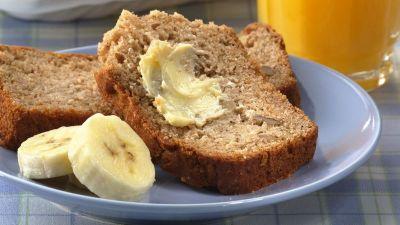 Banana Nut Quick Bread Recipe - BettyCrocker.com