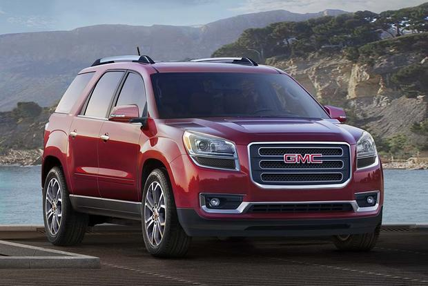 2016 vs  2017 GMC Acadia  What s the Difference    Autotrader 2017 GMC Acadia  What s the Difference  featured image large thumb11