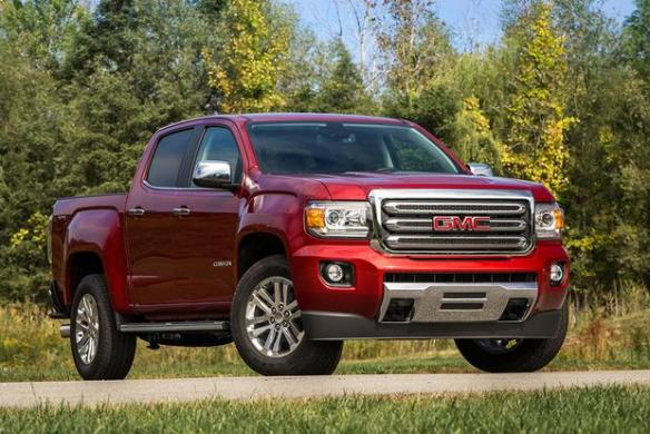 2017 GMC Canyon  New Car Review   Autotrader 2017 GMC Canyon  New Car Review featured image large thumb0