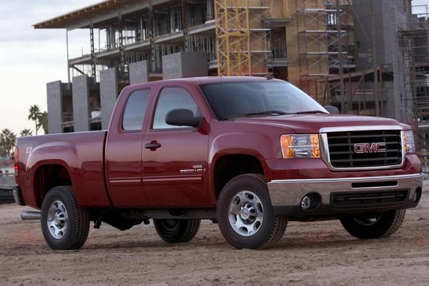 2007 2013 GMC Sierra 2500HD Used Car Review   Autotrader 2007 2013 GMC Sierra 2500HD Used Car Review featured image large thumb2