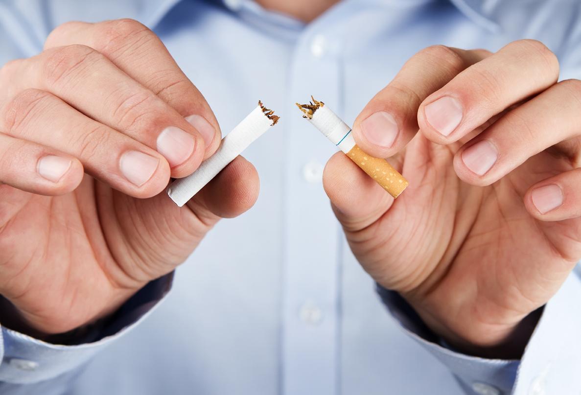 Cancro ai polmoni: le sigarette producono mutazioni genetiche