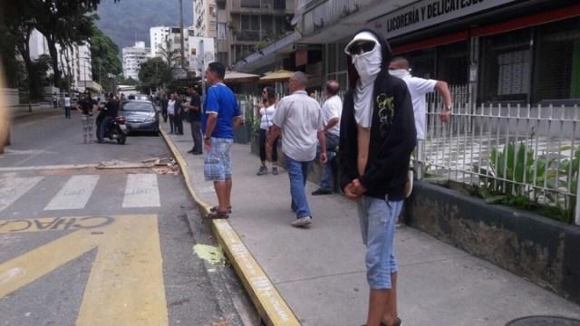 En Caracas: entre gases, represión y grupos parapoliciales