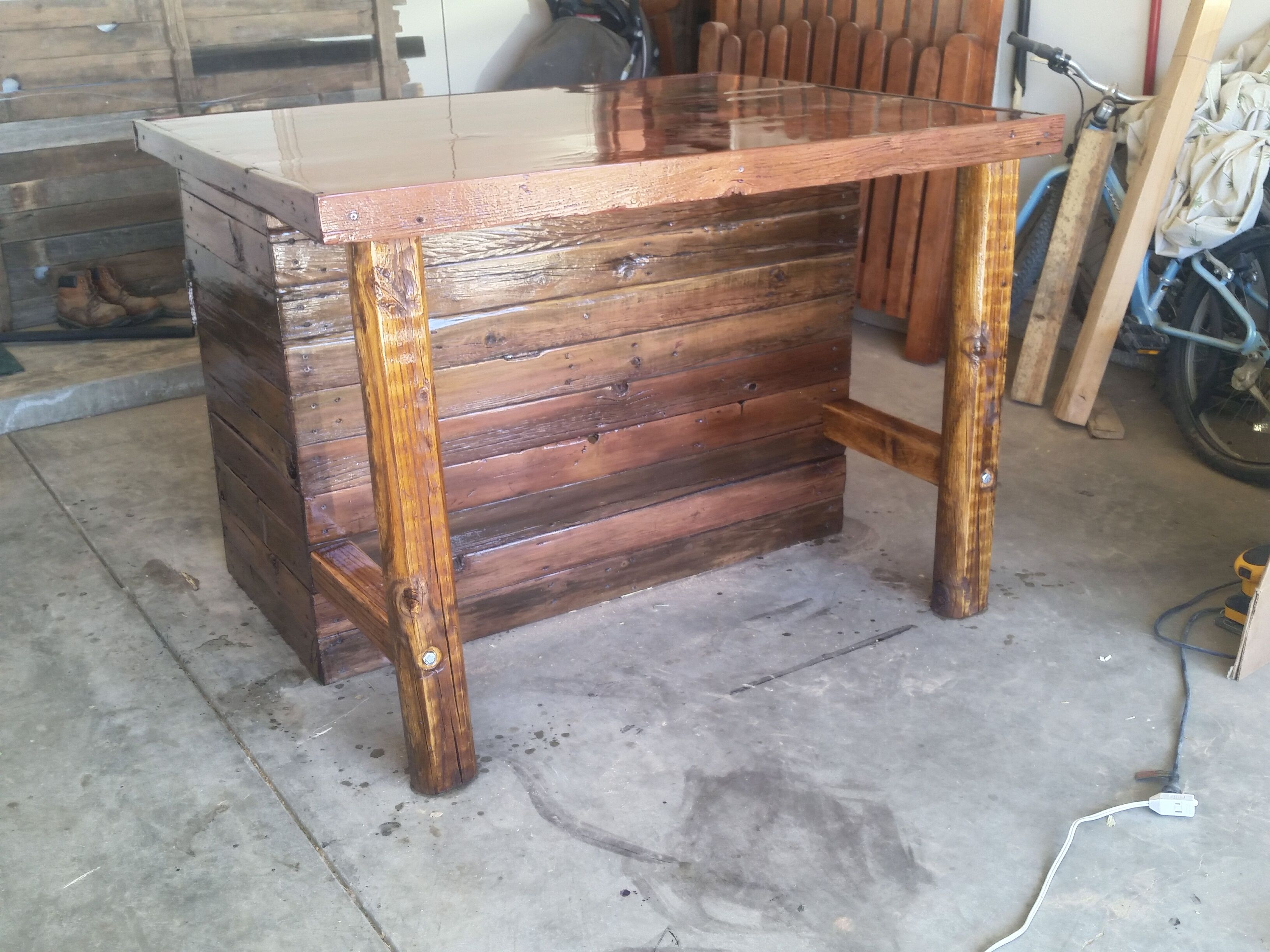 Especial Rustic Kitchen Island Or Outdoor Bar Custom Counters Kitchen Counters Kitchen Island Table On Wheels Kitchen Island Or Breakfast Table kitchen Kitchen Island Or Table