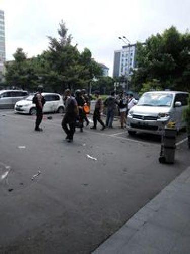 Peledakan Bom di Sarinah Jakarta Dari Whatsapp dan BBM