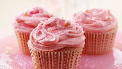 Pink Champagne Cupcakes recipe from Betty Crocker