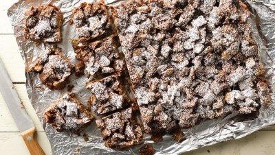 Chex™ Muddy Buddies™ Bars recipe from Pillsbury.com