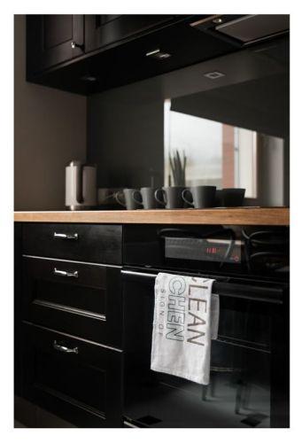 Interiores departamento en blanco y negro 10