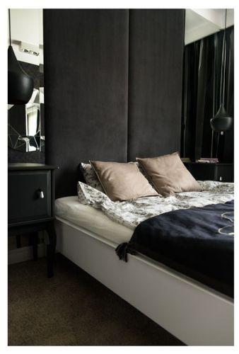 Interiores departamento en blanco y negro 11