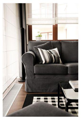 Interiores departamento en blanco y negro 4