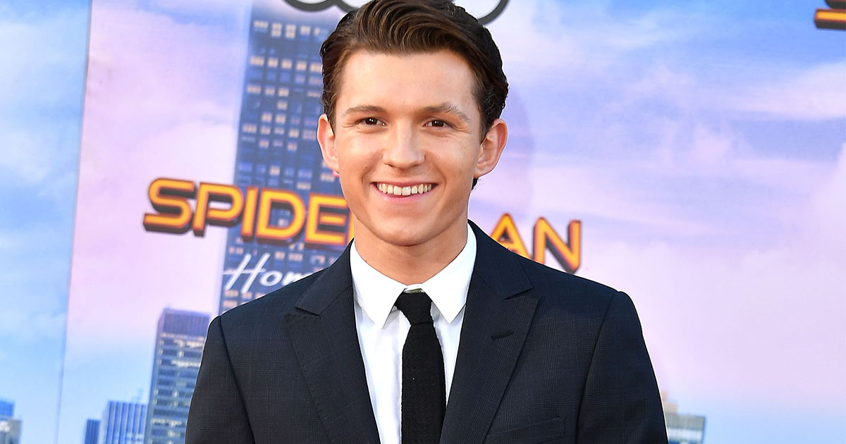 Tom Holland shared how he wore a thong under his Spider Man costume     Tom Holland shared how he wore a thong under his Spider Man costume    HelloGiggles