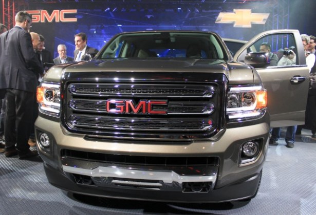 2015 Chevy Colorado  GMC Canyon Gas Mileage  20 Or 21 MPG Combined     2015 GMC Canyon live photos  2014 Detroit Auto Show preview