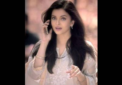 Aishwarya Rai Bachchan photoshoot for Kalyan Jewellers ad ...
