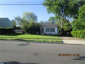 Photo of 504 E LAKE AVE, BLACKWOOD, NJ 08012 (MLS # 6975163)