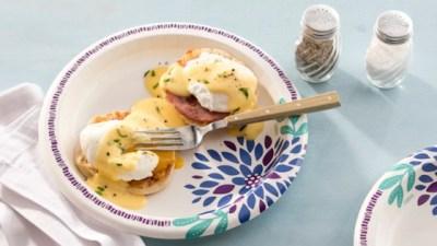 Eggs Benedict Recipe - Allrecipes.com