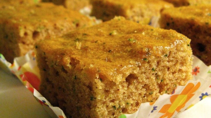Paleo Breakfast Prune Spice Cake