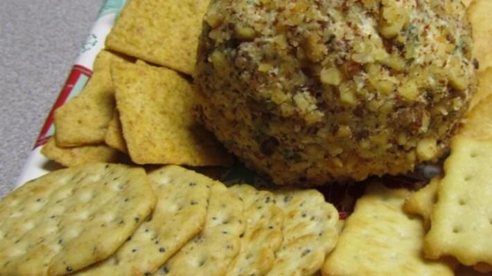 Paleo Zippy Cheese Ball