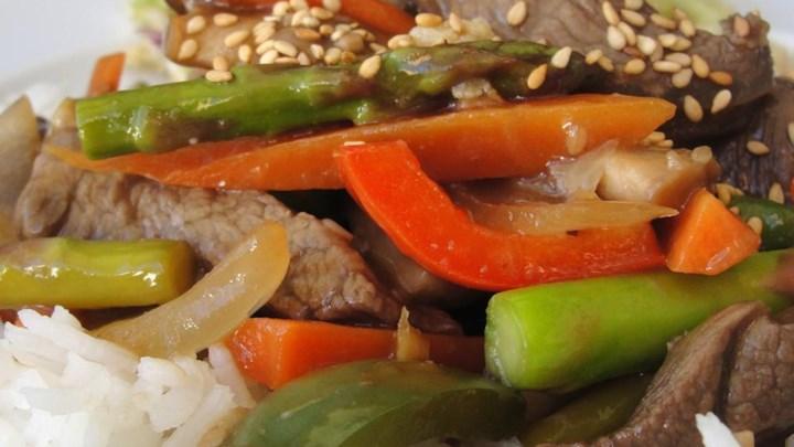 Paleo Essanaye's Sesame Beef Stir Fry