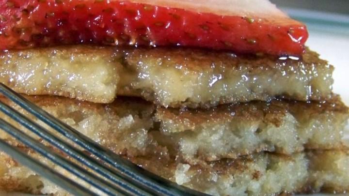 Paleo Truck-Stop Buttermilk Pancakes