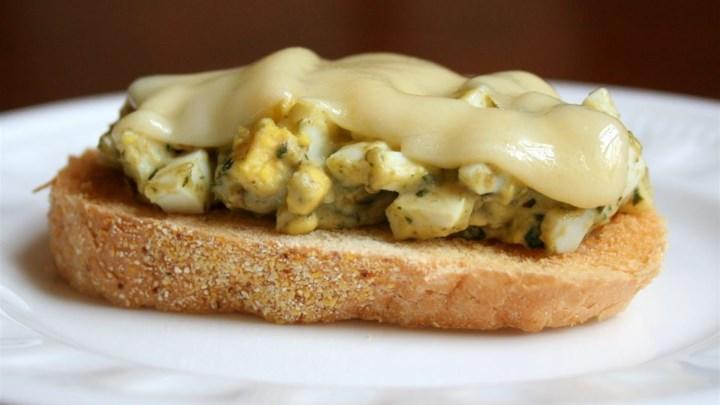 Paleo Gourmet Egg Salad Sandwich