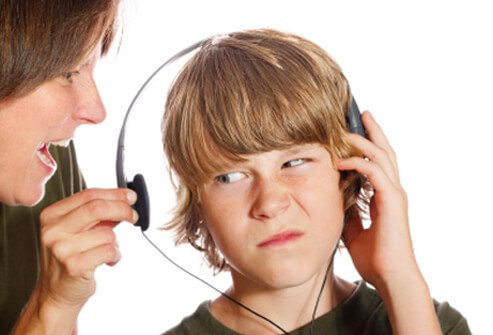 Listening to music at low volume levels should not bother your tinnitus (or make it worse) 3