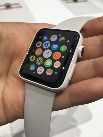 Apple Watch Series 2 hands-on: Ceramic is stunning, but Hermès overpriced | Macworld