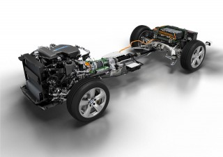 BMW X5 eDrive plug-in hybrid prototype