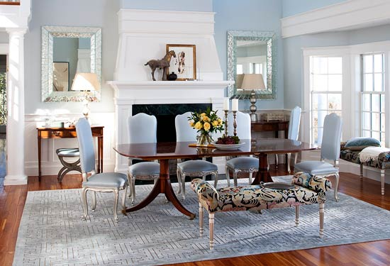 I Dining Room With Icy Blue Palette