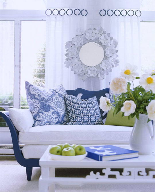 Beautiful Rooms in Blue and White   Traditional Home   ENLARGE