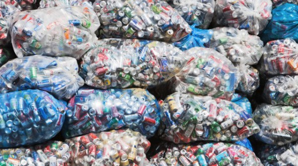 Che il problema dello smaltimento dei rifiuti è un'urgenza di portata globale