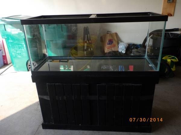 75 Gallon Aquarium with Wood Stand   for Sale in Kewaskum, Wisconsin