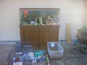 FISH TANK 70 GALLON   (ORLANDO) for Sale in Orlando, Florida
