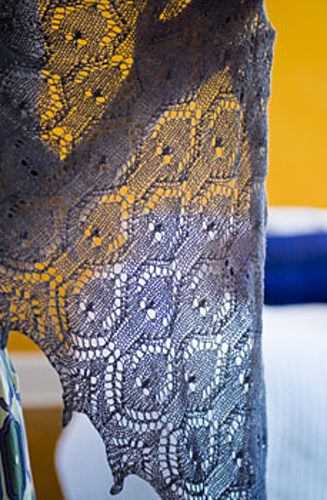 Fountain-pen-shawl-3_medium