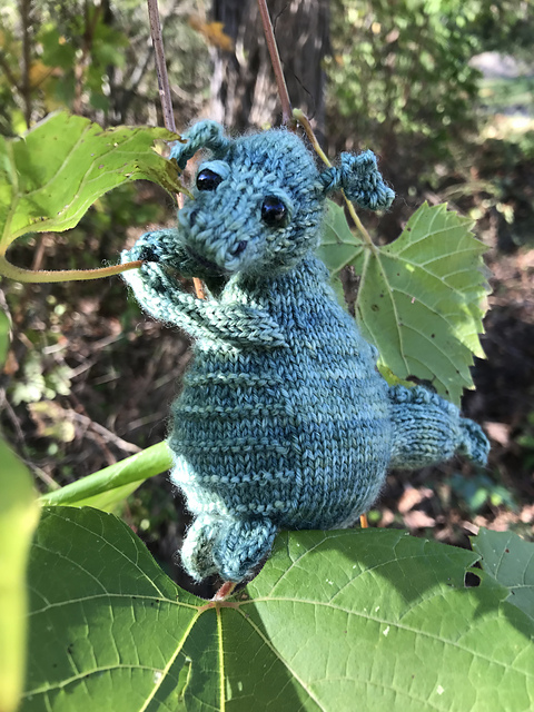 Wee Dragon in a tree