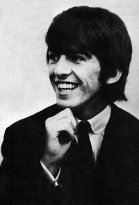 George Smile ? - george-harrison Photo