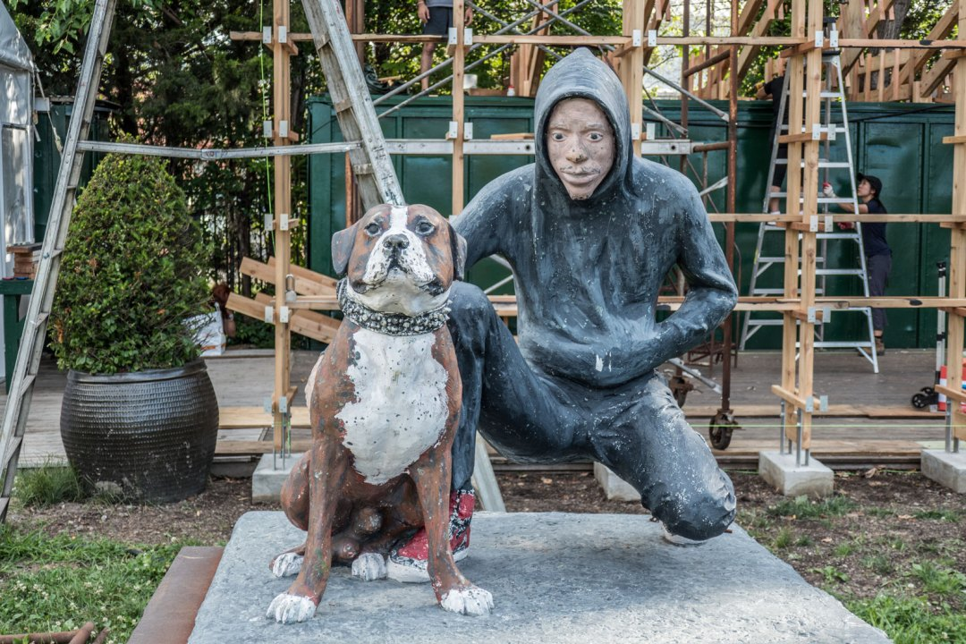 Soctrates-Sculpture-Park-dog-Queens-1600x1067