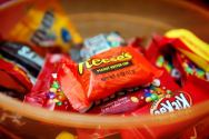 Weekly Infographic Candy: 25 Awesome Social Media Tools Your Brand Should be Using