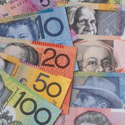 Changing USA Dollars Into Australian Money | USA Today