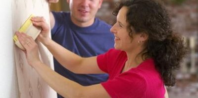 Are Paint Fumes Safe for a Toddler?